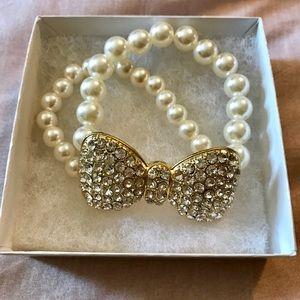 Jewelry - Bow Tie shaped bracelet